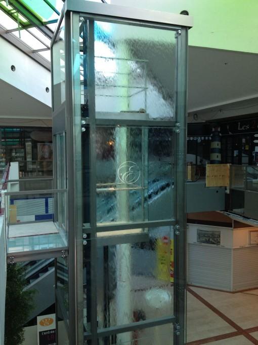 Mur d'eau XL Carrefour Angers 4