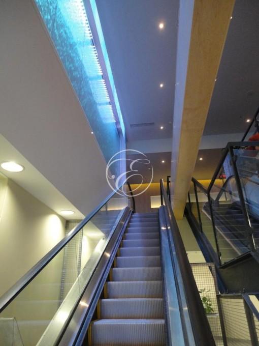 Mur d'eau en angle galerie commerciale 3