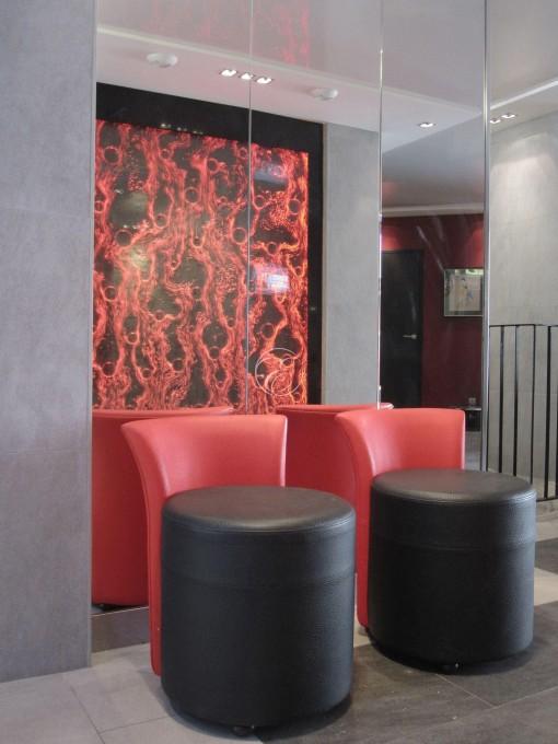 Mur de bulles Hôtel du Vieux Saule Paris 1