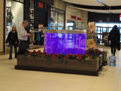 Mur de bulles dans une galerie commerciale 3