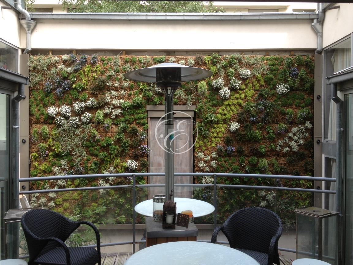 Realiser Un Mur D Eau Exterieur mur d'eau sur mur végétal - mur d'eau extérieur